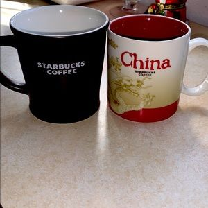 Lot/2 Vintage Starbucks mugs